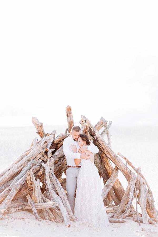 analogowa fotografia ślubna sesja na plaży nadm morzem