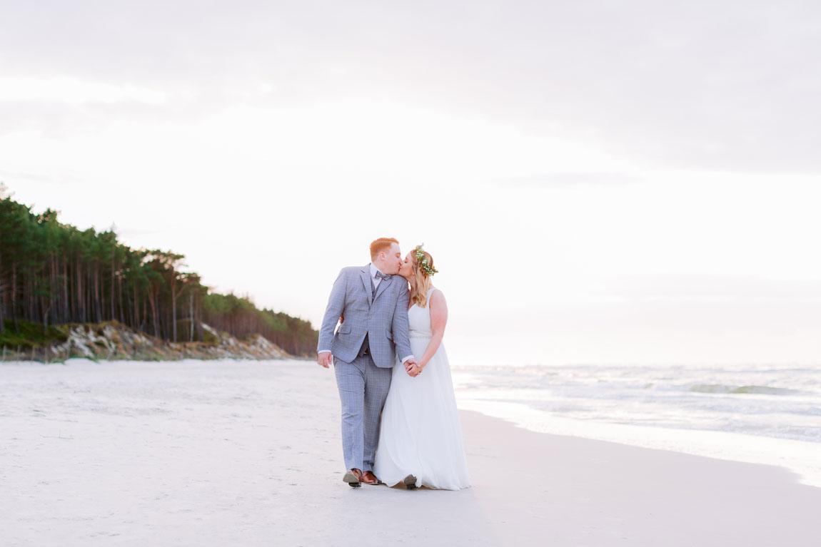 plener ślubny nad morzem dębki